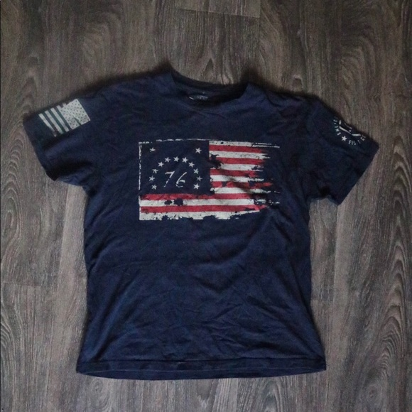 Black Grunt Style Women/'s Freedom Flag T-Shirt